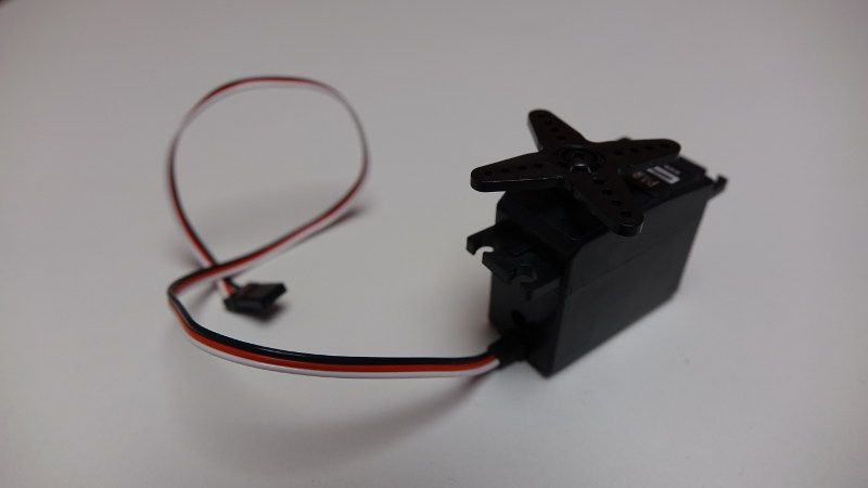 comment apprendre la robotique avec arduino - servomoteur