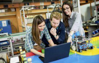 la robotique aide l'education technologique
