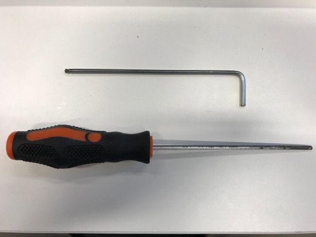 Tense belts - screwdriver