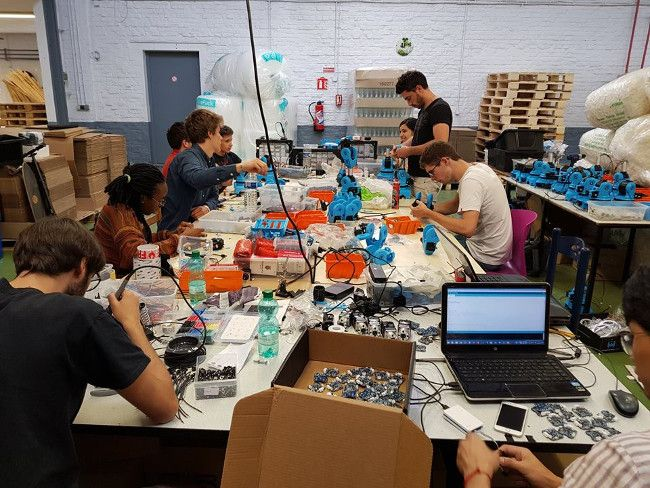 team niryo assembling robots
